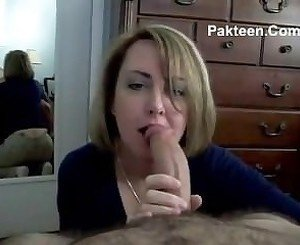 sweetie wife sucking huge meat