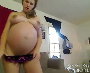 Pregnant Teen Amateur On Webcam
