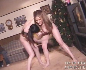 Hot Young Females Cuntbusting Eachother